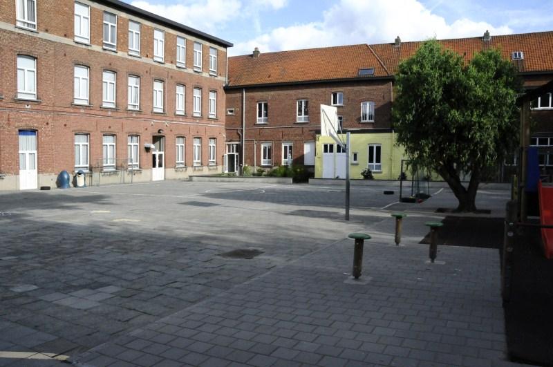 2011 2012 nieuw meubilair en nieuwe klas for Meubilair basisschool